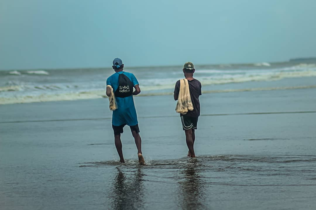 Beach business  communities struggle to stay afloat during pandemic