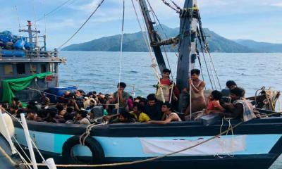 Fishing boat takes 202 Rohingya migrants to Malaysia